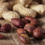 ピーナッツを食べ過ぎるとどうなるの?何か影響はあるの?